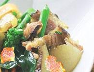 腊肉炒芥兰的日常做法