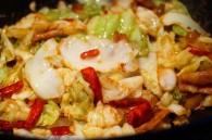 干锅手撕包菜怎么做好吃 干锅手撕包菜