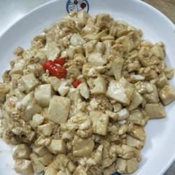 蒜黄蚝油豆腐