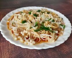 凉拌金针菇的做法,家常凉拌黄花菜的做法【图】