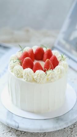 【草莓蛋糕】——女儿一周岁蛋糕