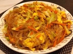 大闸蟹炒粉丝的做法-美食做法