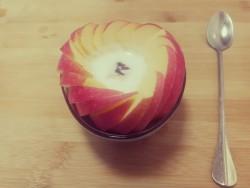 苹果酸奶慕斯蛋糕怎么做好吃 苹果酸奶慕斯蛋糕