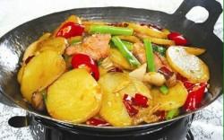 不用过油----------干锅土豆片
