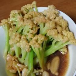 韭菜鸡胗炒花菜