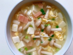 韩式泡菜海鲜豆腐菌菇汤的做法