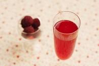 酸酸甜甜杨梅汁的做法