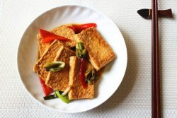 家常葱烧豆腐