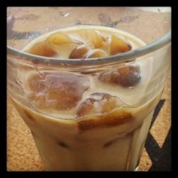 抹茶拿铁冰咖啡