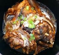 砂锅鱼头的做法