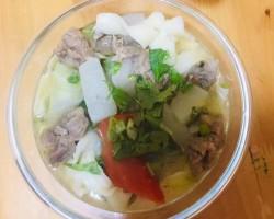 清炖牛肉萝卜汤给老爸做道菜的做法