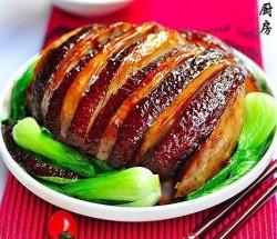 中秋时令菜:香芋扣肉