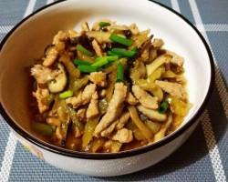 白灵菇榨菜炒肉丝的做法
