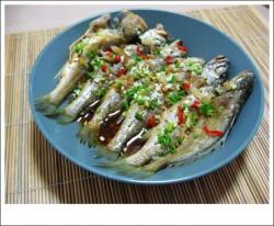 清蒸小黄鱼的做法_美食方法