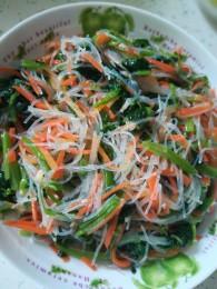凉拌菠菜粉丝怎么做好吃 凉拌菠菜粉丝的做法大全