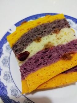 天然食材榨汁做的彩虹发糕