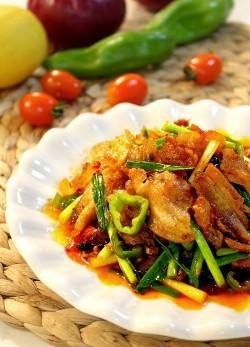川菜还是那个川菜————————【 回锅肉藕片】