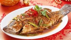红烧鲈鱼的做法_美食方法