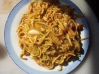 圆白菜炒面的做法