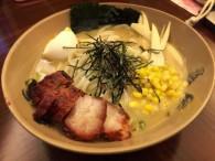 饿了,吃一碗美味健康的日本豚骨拉面的做法