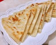 家常烙饼的做法_美食方法