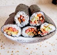 日式简易握寿司饭团怎么做好吃 日式简易握寿司饭团的做法