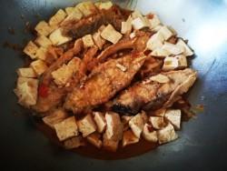 [带鱼炖豆腐]---本山大叔的拿手菜