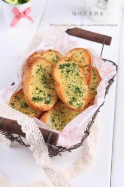 蒜香法棍(蒜香面包)的做法