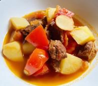 番茄土豆牛腩的做法_美食方法