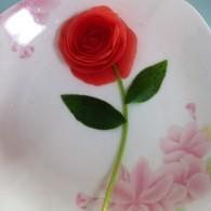 西红柿玫瑰花怎么做好吃 西红柿玫瑰花的做法