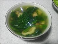 香菇菠菜汤怎么做好吃 香菇菠菜汤的做法大全