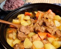 咖喱土豆炖牛腩