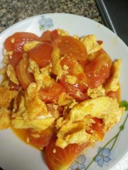 木耳番茄炒鸡蛋