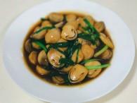 快手菜☞鲜美的草菇的做法
