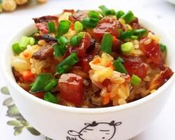 炒腊味糯米饭的做法_美食方法