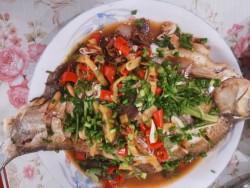 红烧鳊鱼的做法_美食方法