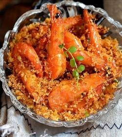 避风塘炒虾的做法_美食方法