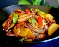 五花肉干煸土豆片怎么做 五花肉干煸土豆片的做法好吃
