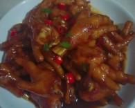 红烧鸡爪做道好菜,自我宠爱!的做法