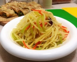 【炝炒土豆丝怎么做好吃】炝炒土豆丝的做法,步骤