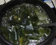 硬核菜谱制作人韩式海带汤的做法