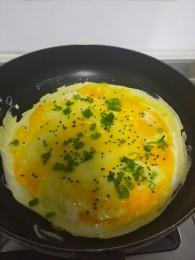 早餐鸡蛋饼怎么做好吃 早餐鸡蛋饼的做法,步骤