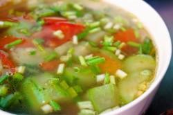 炒鸡蛋丝瓜番茄汤