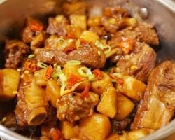 南瓜土豆炖排骨