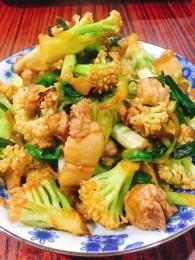 干锅花菜丨干锅界的网红【微体兔菜谱】的做法