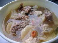 芋头萝卜排骨汤怎么做好吃 芋头萝卜排骨汤的做法