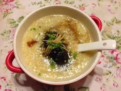 小米海参粥的做法