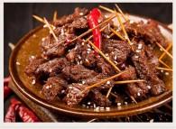 金沙麻辣孜然牙签牛肉怎么做好吃 金沙麻辣孜然牙签牛肉的做法