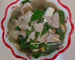 硬核菜谱制作人枸杞叶猪肝汤的做法
