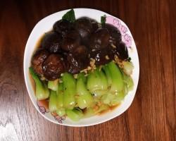 【香菇菜心】--- 简单的食材、鲜美的味道